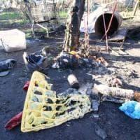 Milano, brucia una baracca nella zona degli orti pubblici: muore una donna
