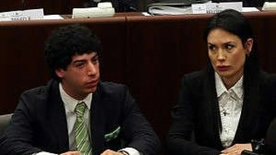"""Spese pazze in Regione, il pm vuole la condanna: """"Due anni a Renzo Bossi e Nicole Minetti"""""""
