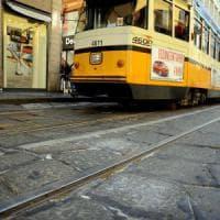 Milano, tram investe due pedoni in via Torino