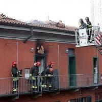 Milano, incendio in una palazzina: 50 famiglie evacuate