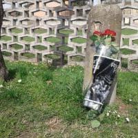 Ladro ucciso a Lodi, calpestati i fiori lasciati per la vittima