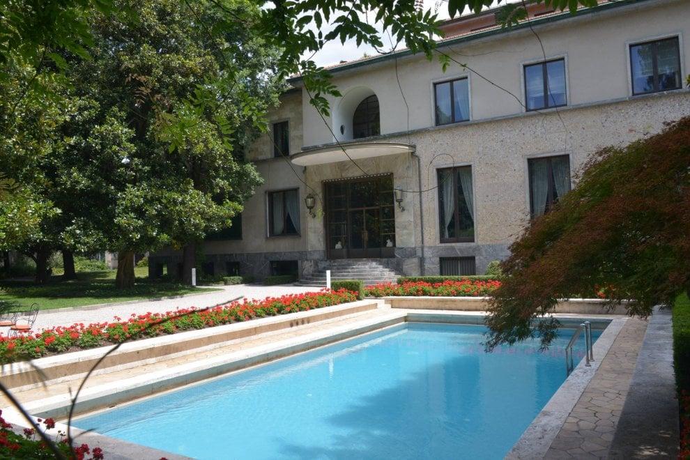 Milano tour virtuali con facebook per visitare le case for Planimetrie virtuali per le case