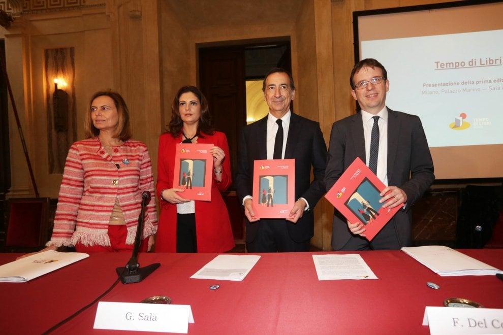 Milano, la presentazione di 'Tempo di Libri' a Palazzo Marino