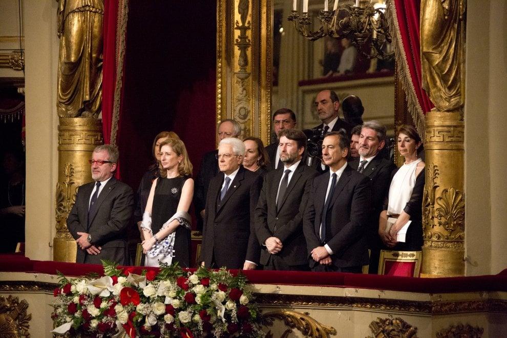 Mattarella per la prima volta alla Scala di Milano, omaggio a Toscanini