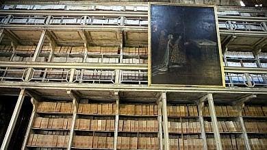 Policlinico, la cripta e gli archivi diventano un museo della storia di Milano   foto