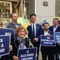 Trattati Ue: mentre Maroni celebra la ricorrenza, la Lega mostra un cappio