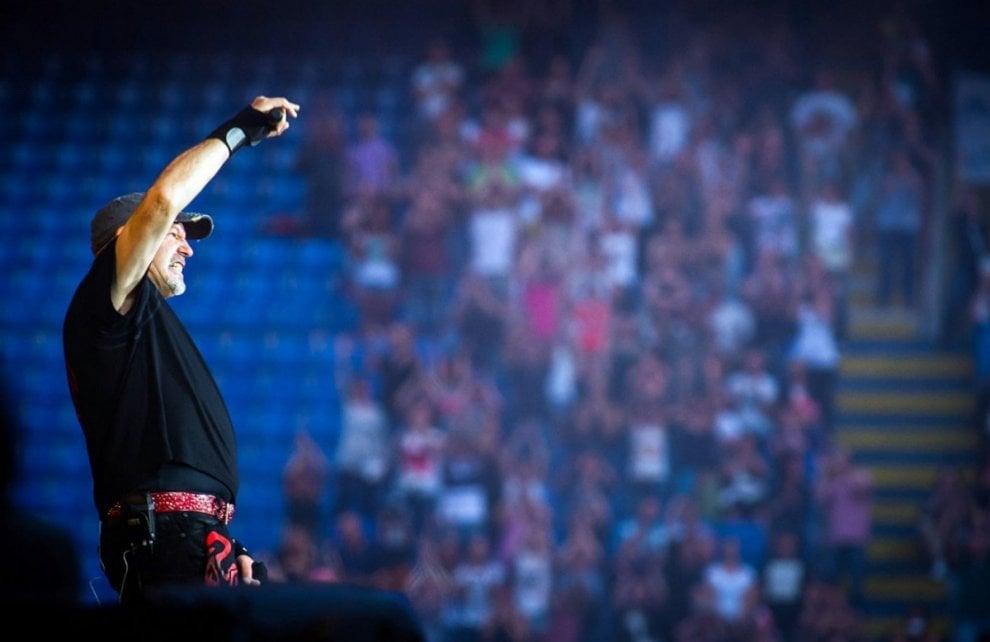 Fotografia: la musica a Milano, da Bruce Springsteen alla Banda d'Affori