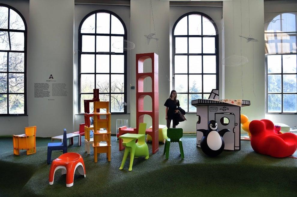 Design dedicato ai bambini da munari a starck 39 giro giro for Grandi maestri del design