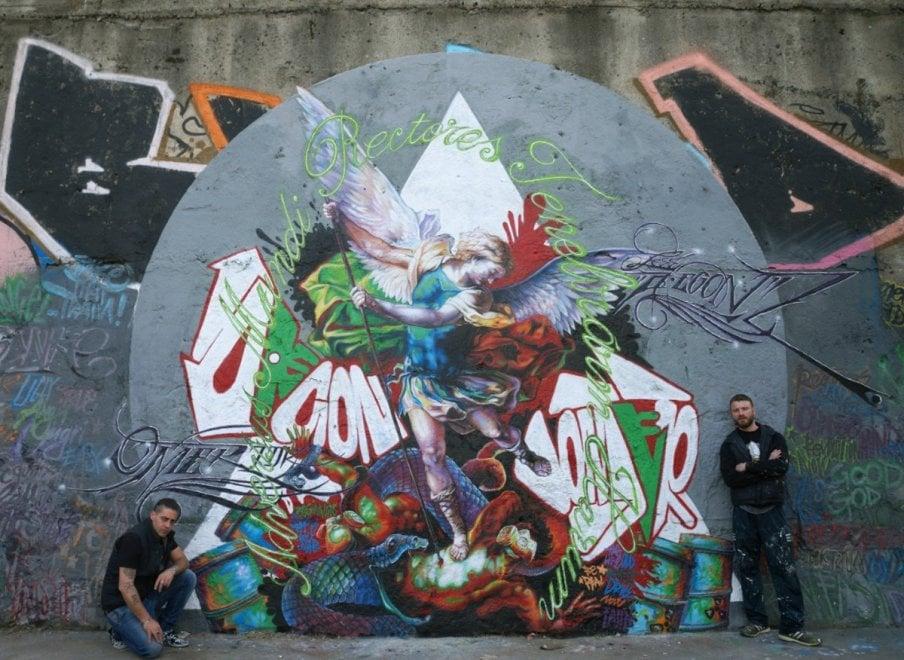 Milano, l'affresco del Seicento rivisitato dai writer: opere d'arte al posto dei graffiti