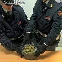 Milano, nasconde un chilo di marijuana nello zaino: arrestato 23enne in Centrale