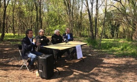 """Milano, l'allarme di don Mazzi nel boschetto dell'eroina: """"Siamo tornati agli anni Ottanta"""""""