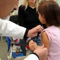 Regione Lombardia, sì all'obbligo di vaccinazione negli asili nido: ok dal Consiglio
