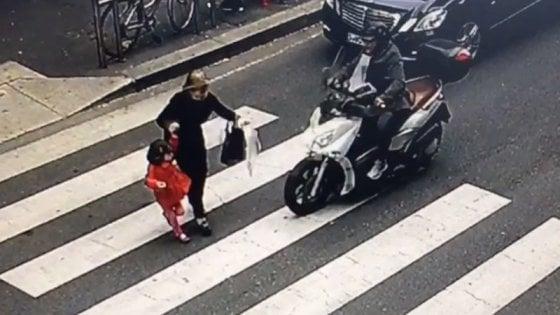 Milano, investe bimba di 4 anni in scooter e scappa: rintracciato e denunciato il pirata