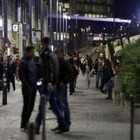 Milano, giovane aggredito con spray al peperoncino e derubato in corso Como