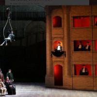 Teatro alla Scala, loggionisti 'ribelli' scatenano la bagarre: lotta tra fischi e applausi per la Gazza Ladra di Salvatores