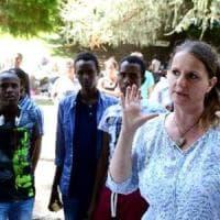 Aiutava i migranti a entrare in Svizzera, deputata condannata.