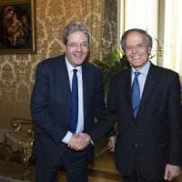 Brexit, Gentiloni sceglie Moavero: ambasciatore in Europa per portare l'Agenzia del farmaco a Milano