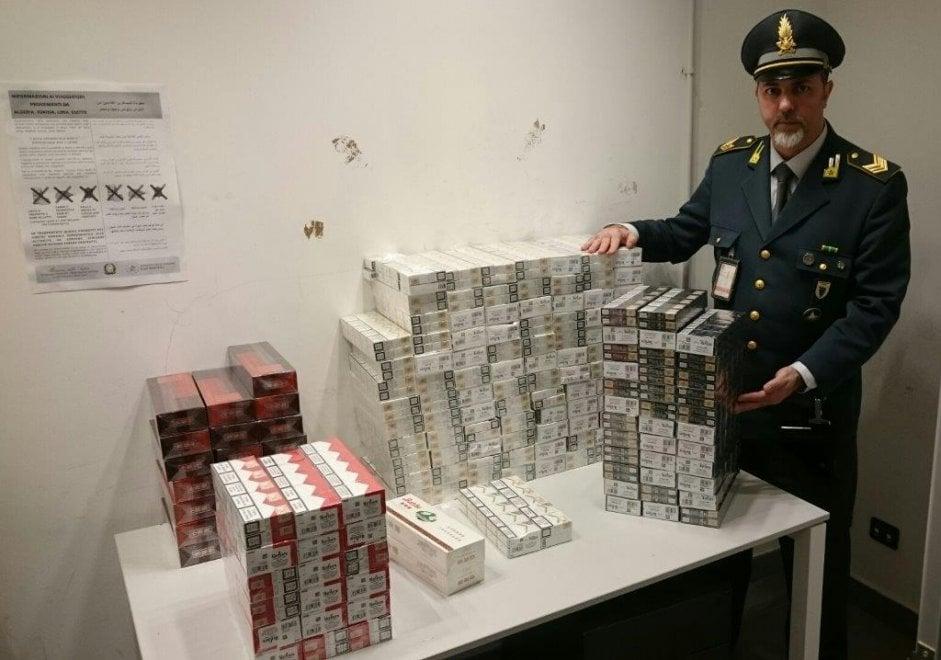 Malpensa, nel 2017 sequestrata una tonnellata di sigarette di contrabbando