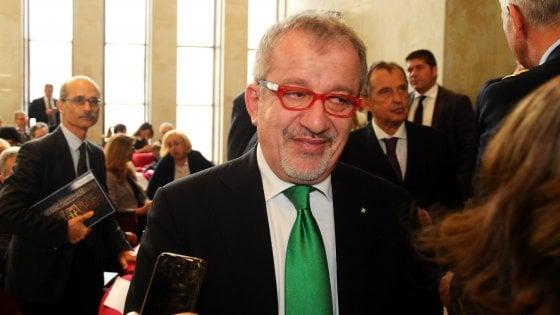Milano, processo a Maroni per le consulenze alle sue collaboratrici: un altro impedimento fa saltare l'udienza