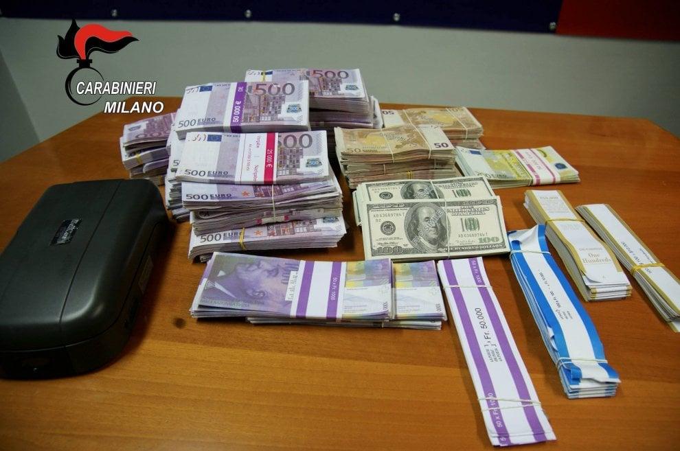 Monza, più di 1 milione di euro falsi trovati in un campo rom