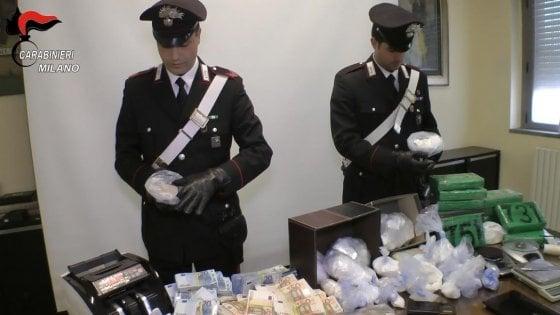 Droga a Milano, ogni giorno in manette 4 pusher: sono 75 gli arresti dei carabinieri solo ad aprile