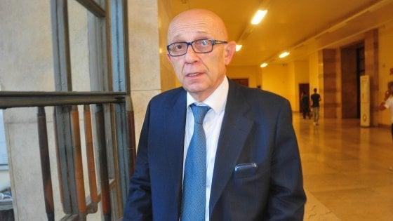 Sanità, indagato per una tangente da 30mila euro l'ex dg lombardo Lucchina