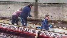Darsena: i canottieri trovano stivali e bici