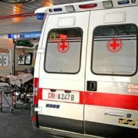 Pavia, cade in discesa con la bicicletta: gravissimo docente del Politecnico