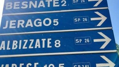Varese, spara ai cartelli stradali con una carabina ad aria compressa: denunciato