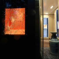 Milano, sfondano la vetrina di una gioielleria in pieno centro: rubata collana