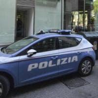 Milano, tenta tre rapine in tre banche in mezz'ora: falliscono tutte
