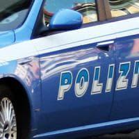 Droga, un chilo di hashish sotto il bancone bar: arrestato 19enne a Quarto Oggiaro
