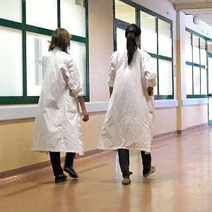 Milano, un caso di meningite a scuola: vaccino per mille studenti
