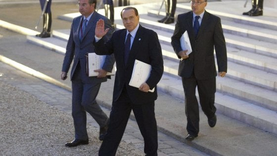 Berlusconi: incidente per ex premier, ricoverato a Milano