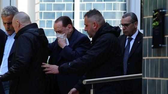 Berlusconi, incidente per l'ex premier a Portofino: ricoverato alla clinica Madonnina di Milano