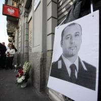 Milano, la famiglia del vigile ucciso: