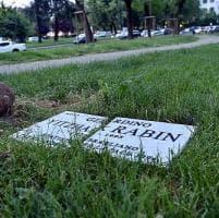 Milano , distrutta la targa che ricorda il premier israeliano Rabin