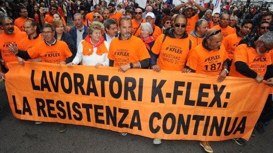 """Primo Maggio, Camusso ai licenziati K-Flex: """"Faremo pressione sul governo per una soluzione"""""""