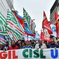 Primo Maggio a Milano, tra cortei e proteste: