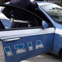 Milano, picchiava le ragazze anche minorenni per costringerle a prostituirsi: arrestato