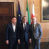 I cinesi del Milan a Palazzo Marino: Han Li incontra Sala