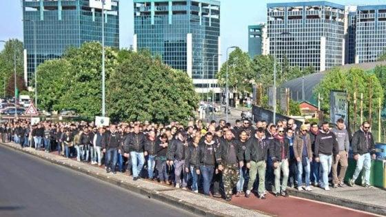 Milano, la deriva neonazista ricompatta la galassia nera: così l'ultradestra unita sfida lo Stato