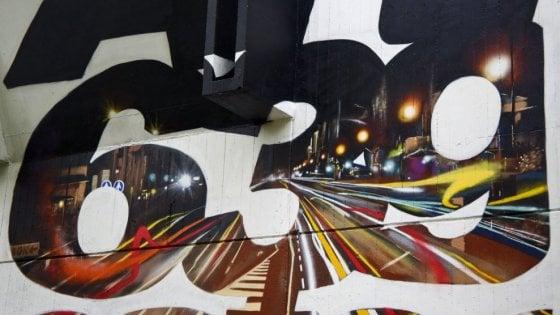 """Street art, nel Milanese il graffito-manifesto contro il codice penale: """"L'arte non sporca"""""""