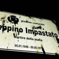 Legnano, vandali danno fuoco alla targa per Peppino Impastato pronta per l'inaugurazione
