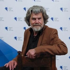 """Reinhold Messner: """"Solo chi la conosce può riprendere la montagna"""""""