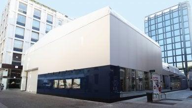 Apple store, cresce il cantiere in centro: un cubo 'creativo' per evitare polemiche
