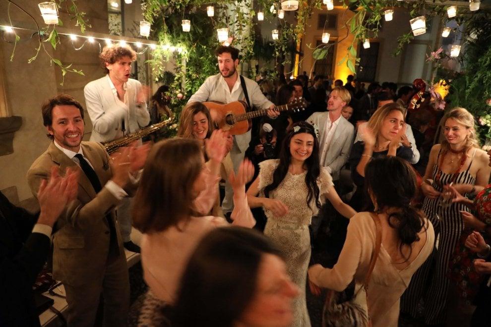 Matrimoni e moda, a Milano il party al museo in stile fiaba