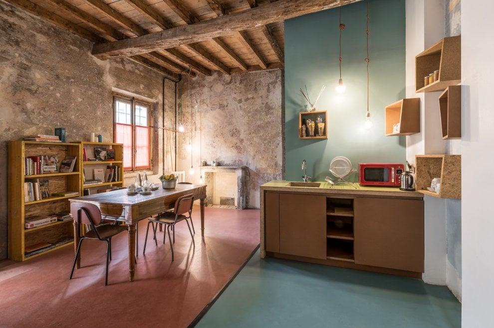 Milano l 39 ostello della cascina cuccagna si rif il look for La cascina cuccagna milano
