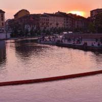 Milano mette un freno alla movida estiva, coprifuoco per gli eventi in Darsena: