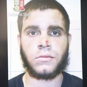"""Milano, l'aggressore della stazione postò video dell'Isis. """"Sono solo e abbandonato"""""""